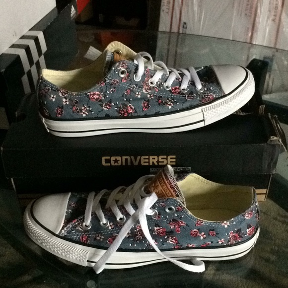 dbeeb97457e3d3 New converse model 155236f unisex fashion sneakers